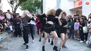 Đường phố náo loạn với điệu nhảy cuốn hút
