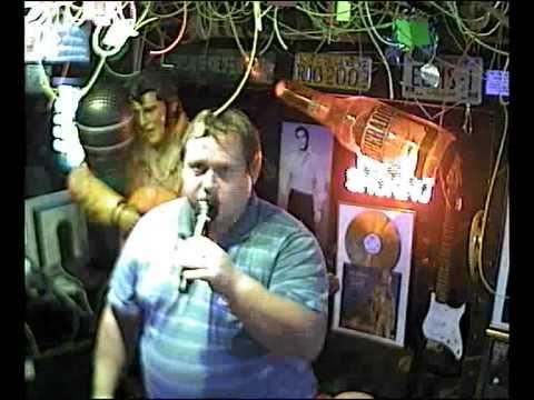 HDL singt  Cuando Caliente im Karaoke Fun Pub Stuttgart http://www.funpub.de
