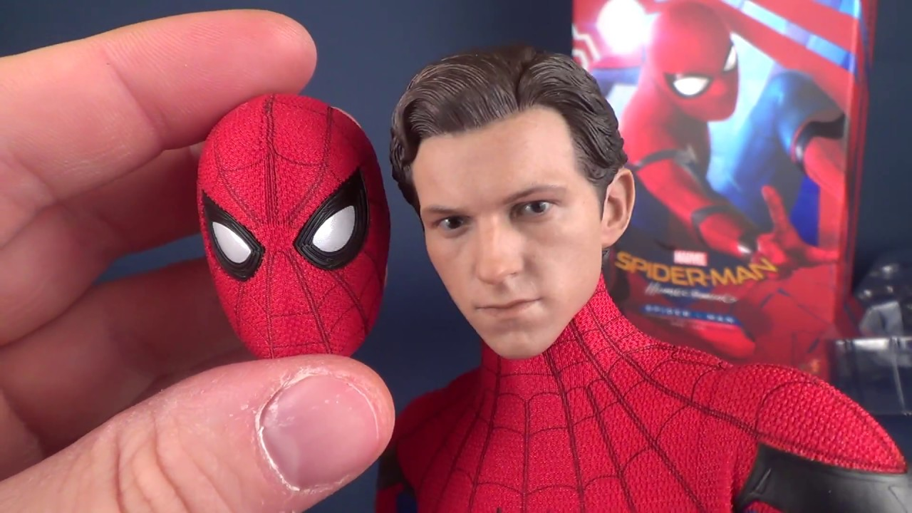 How Realistic is the Hot Toys Spider-Man Homecoming Spider-Man??