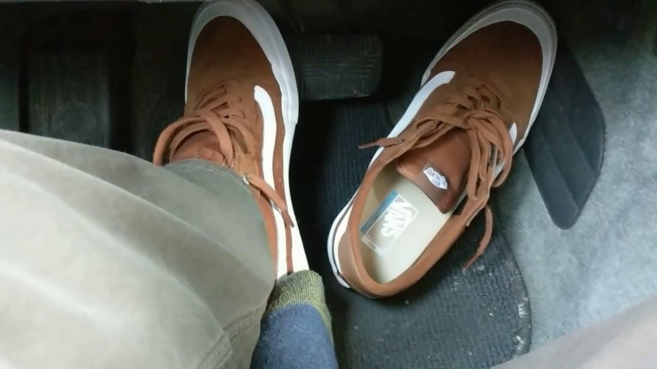 fe18fd1eea Driving in Vans pro model style 112 skateboarding shoes - YouTube