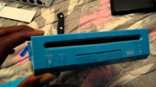 Blue Nintendo Wii Surgery for Gamecube Support Part 1