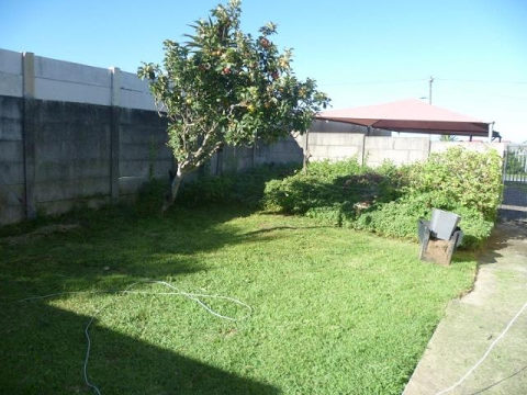 1 Bedroom Flat For Rent In Greenfields, East London, Eastern Cape, South  Africa For ZAR 3500 Per.