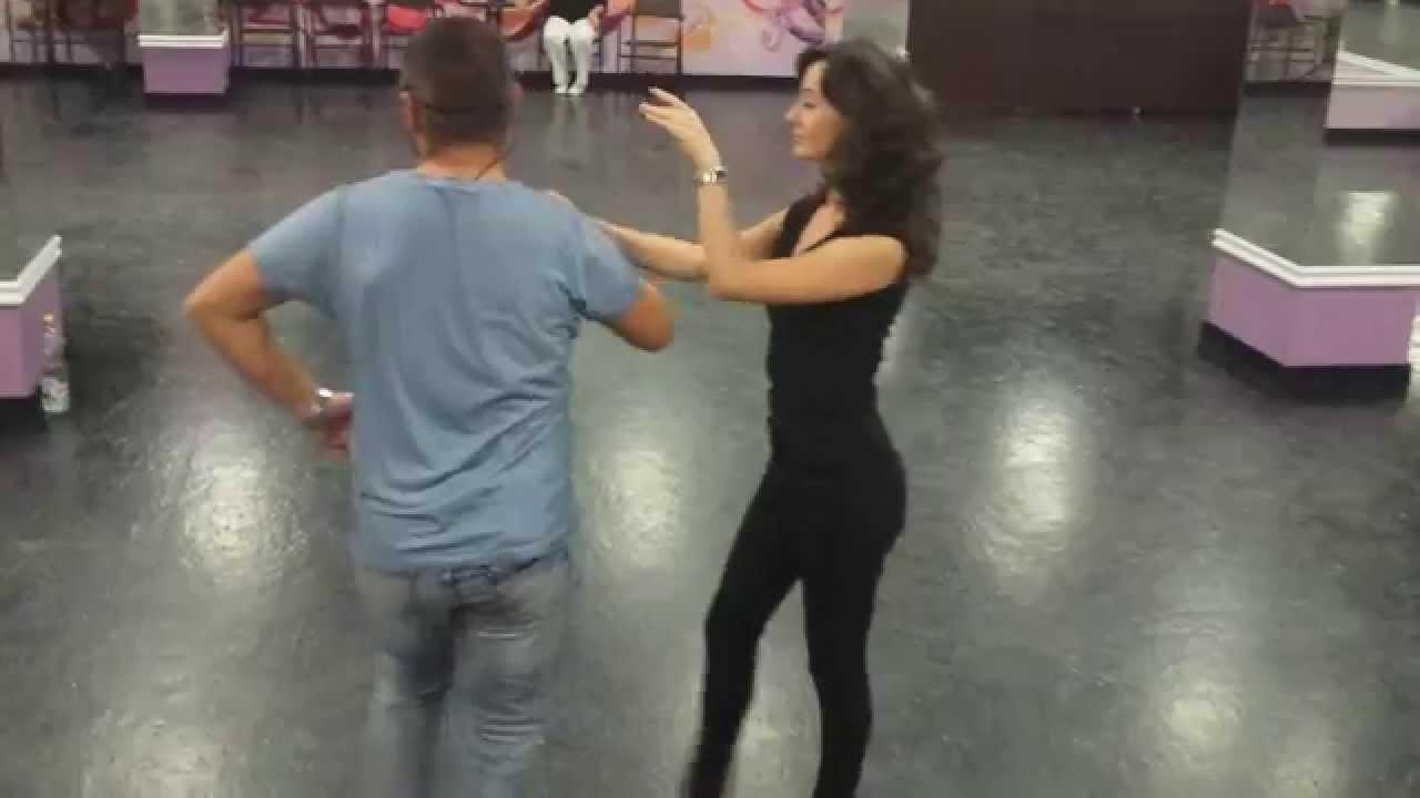 Curs de Dans Salsa la Latino Vibes Dance Academy Oradea (2015 Septembrie 9)