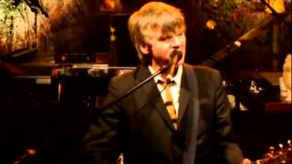 Crowded House - Weather With You (live in San Francisco and Apple Valley, 2010)