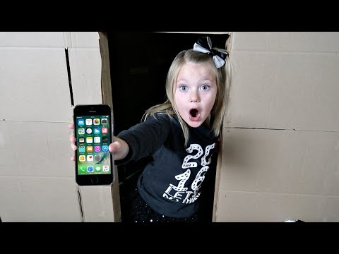 LOST MY PHONE IN A BOX FORT MAZE!