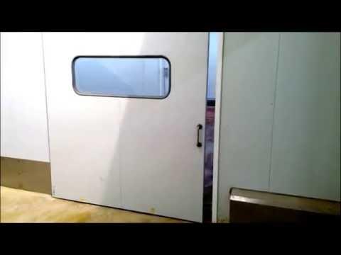 Puerta corredera industrial TC1 // TC1 industrial sliding door