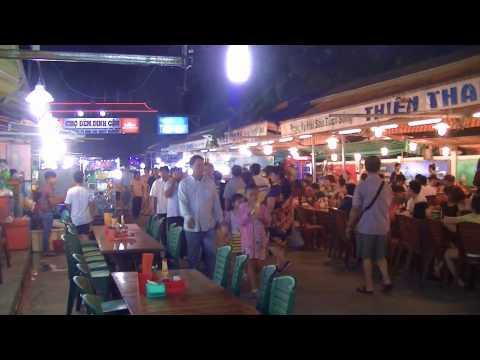 Cho Dem Phu Quoc - Dinh Cau Night Market