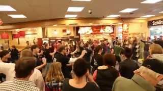 Repeat youtube video Supergeil Flashmob - EDEKA Niehoff