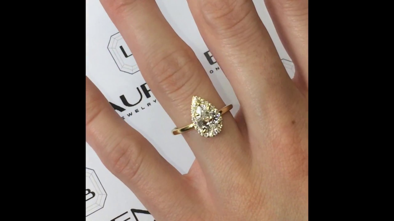120 Ct Pear Shape Diamond Engagement Ring In Yellow Gold
