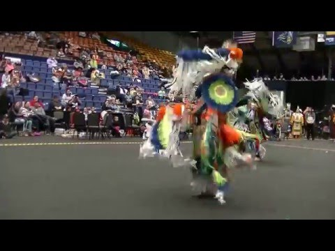Poncho Brady Men's Fancy Dance Special face off 2 at Sioux Empire 2016