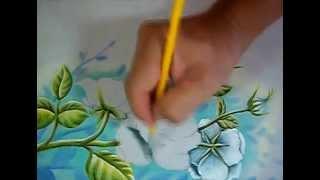 Aula Resumida de Rosas Brancas / Pintura em Tecido