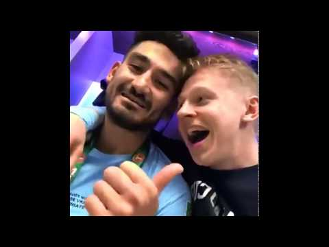Manchester city win the #carabaocup | zinchenko live
