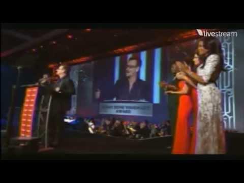 U2News - Sonny Bono Visionary Award 2014