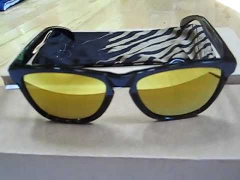 da1a528211 Oakley Frogskins Limited Edition Shaun White Signature Series - YouTube