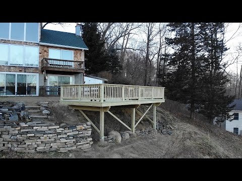 Free Standing Deck On A Slope