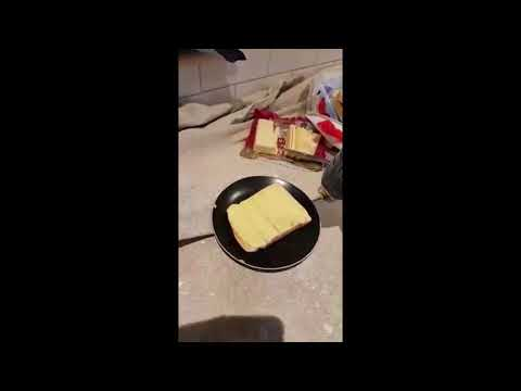 cheese on toast - The decorators way