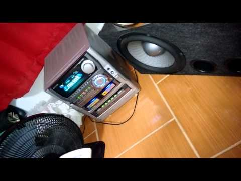 Aiwa NSX-T99 tocando dois subwoofers Bravox UXP 12
