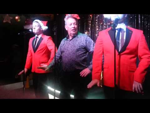 Colin joins the Jersey Boys at Legends, La Cala de Mijas, Costa del Sol, Spain