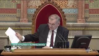 Már a parlament előtt a színházakat érintő törvénymódosítás 19-12-10