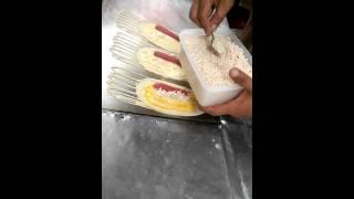 ขนมโตเกียว  タイのおやつ カノム・トーキョウ (東京お菓子)