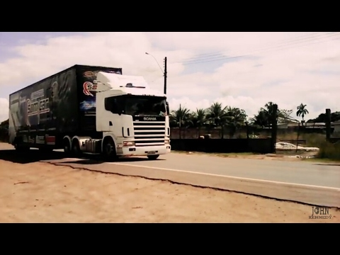CARRETA SOM CAR EM MACAPÁ INDO EM DIREÇÃO A PORTO GRANDE 04/05/2017