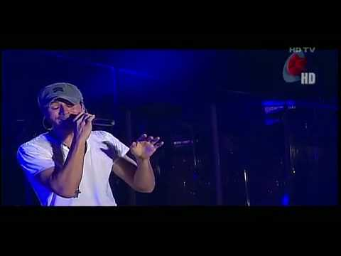 [HD/HQ]Enrique Iglesias crying and singing ''Nunca te olvidare'' live