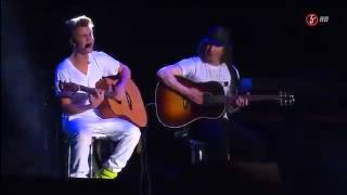 Justin Bieber singing Never let you go