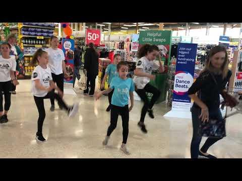 tesco-dance-beats-in-step-performance