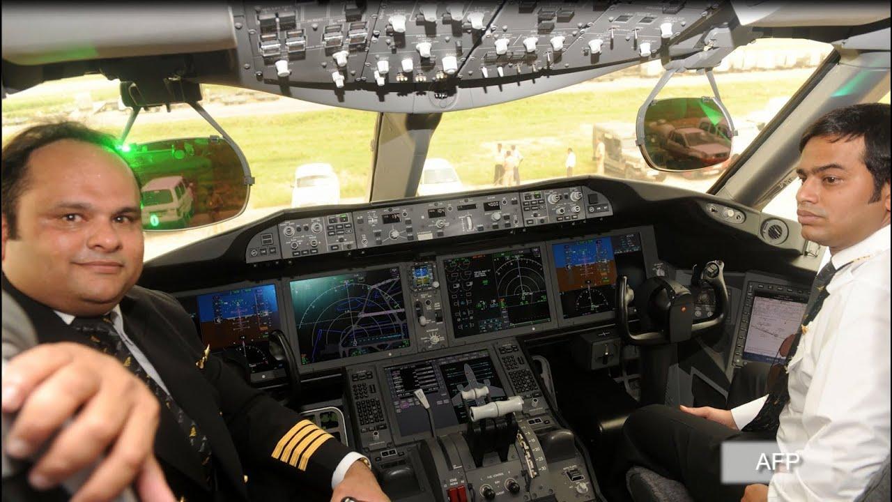 Resultado de imagen para cockpit Indian Airlines