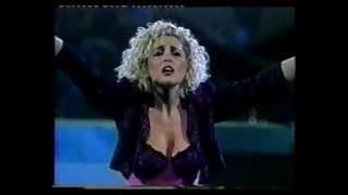 Olé Olé - Bailando sin salir de casa (Viña del Mar 22/02/89)