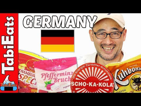 Japanese Try German Snacks (from Hamburg, Germany)