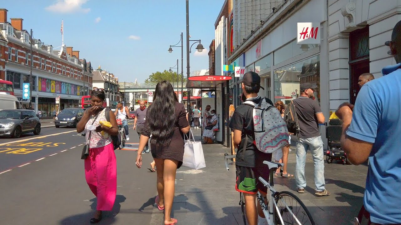 WALKING BRIXTON during LONDON HEATWAVE 🥵 incl. Brixton Market