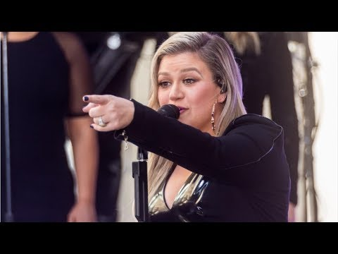 Kelly Clarkson ruined 'Frozen' for her daughter: 'I pretty much crushed her dreams' Mp3