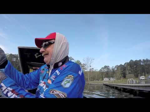 GoPro: Shaw Grigsby sight fishes for 22-3 on Guntersville