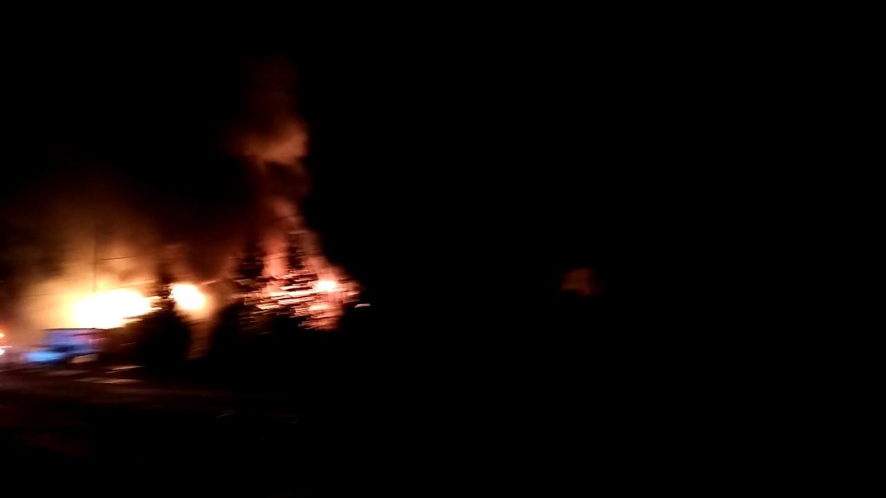 homewood ski area south lodge fire 12/28/2016 - youtube