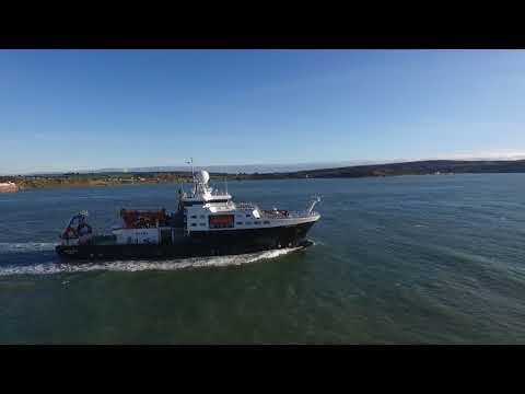 Drone Footage: RRS James Cook passing Hurst Castle and the Needles