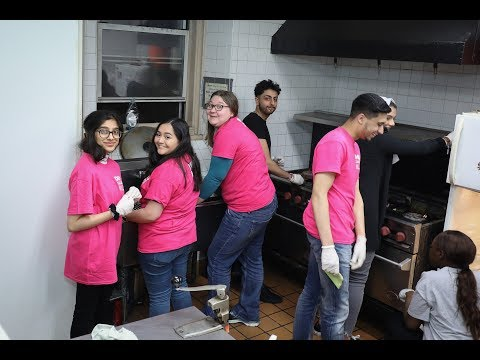 #DMUglobal in New York - students volunteer to support refugees