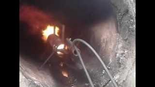 Пламя в трубе! Flame through the frozen pipe!(труба промерзла и её прожигают., 2012-03-18T09:27:47.000Z)