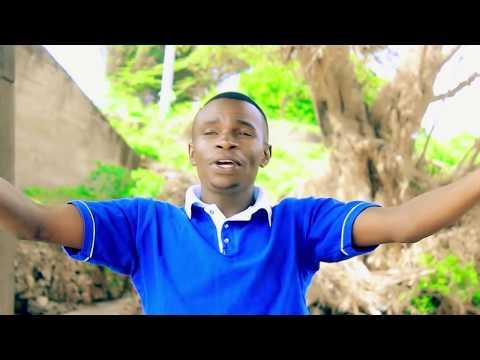 John Praise Waweru - Ngumo na ugooci...