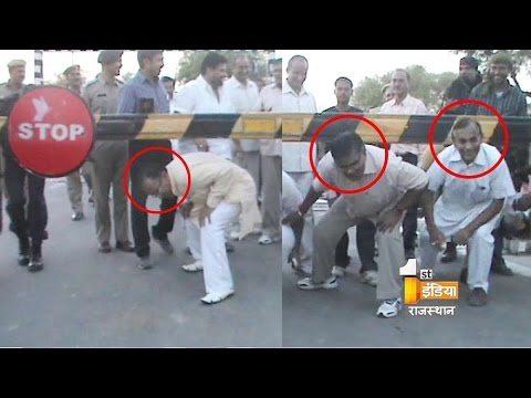 Caught on Camera: Rajasthan ministers passing through closed railway crossing