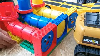 Train Building Blocks Excavator Tractor Dump Truck, Construction Toy Vehicles, Assembly Toys Tractor