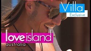 Grant plays the recorder | Love Island Australia 2018