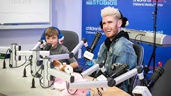 """Colton Dixon Performs """"Miracles"""" for Patients at Children's Health"""