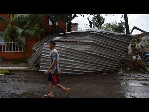 بورتوريكو: الإعصار -ماريا- يجتاح البلاد برياح قاتلة ويهددها بفيضانات كارثية  - نشر قبل 2 ساعة
