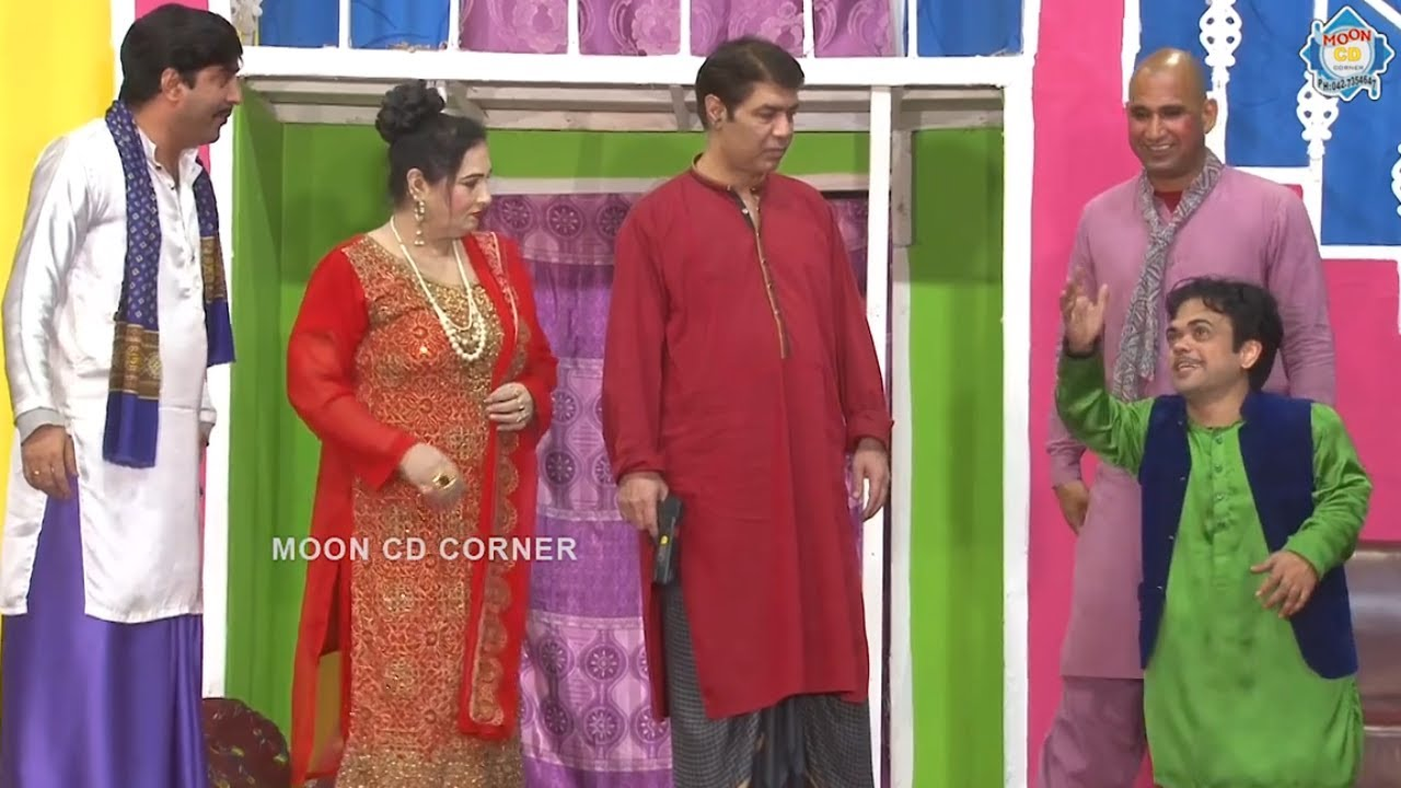 Vicky Kodu and Fariha Khan with Sajan Abbas   Stage Drama Sohne Log   Comedy Clip 2021