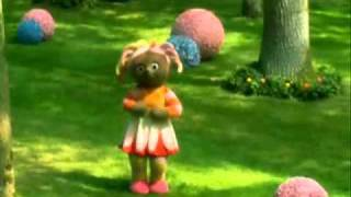 Upsy Daisy SONG - For 10 MINUTES - In the Night Garden. (Guaranteed to Keep a child occupied)