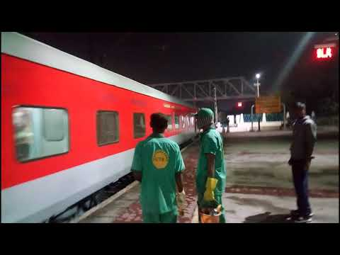 EVENING PREMIUM TRAINS AT SECUNDERABAD RAILWAY STATION