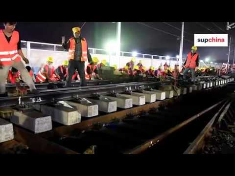 Watch a train station being built in 9 hours in China