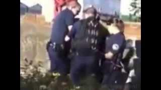 الشرطة الفرنسية تعتدي على امرأة مسلمة.