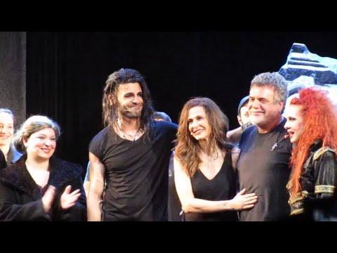 Δαίμονες - Υπόκλιση και φινάλε, Θέατρο Παλλάς (02/06/2013)